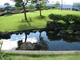 秋田県立農業科学館庭園