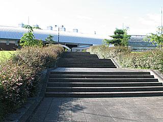 秋田県立農業科学館庭園の階段